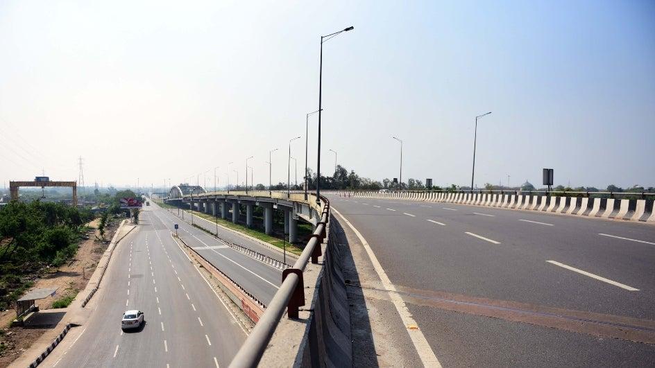 Coronavirus Lockdown Brings Down Pollution Levels Across India; Delhi Air 'Satisfactory'