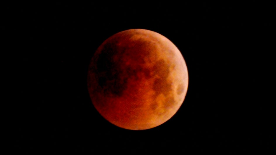 Watch the Skies Tonight, For the Last Lunar Eclipse Visible from India in 2019