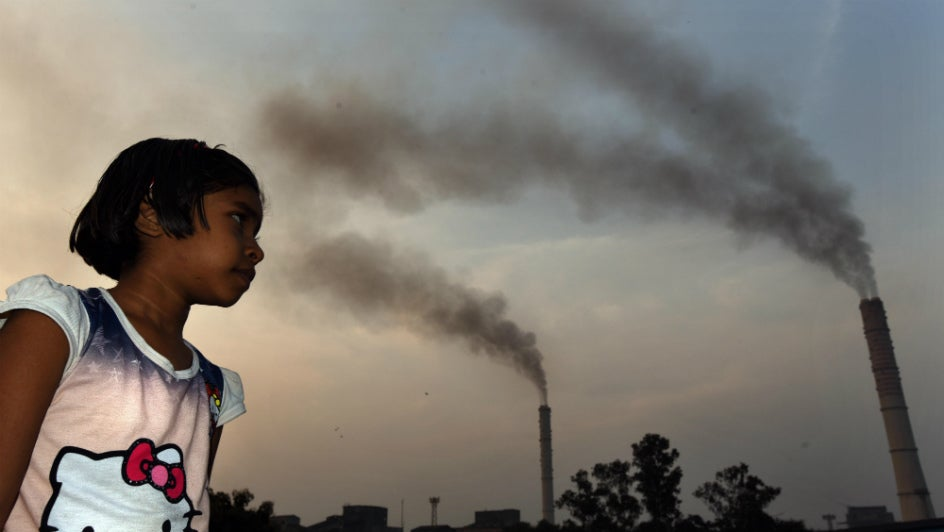 India's Emission Ranking Improves, but Thermal Power Push Could Pose Risks