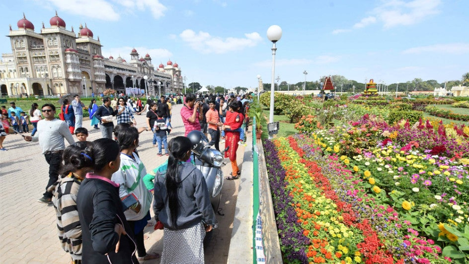 In Bloom: Flower Festivals of India