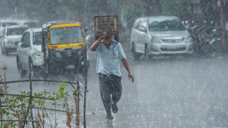 Heavy Rains Wreak Havoc, Disrupt Regular Life in North Karnataka Districts | The Weather Channel
