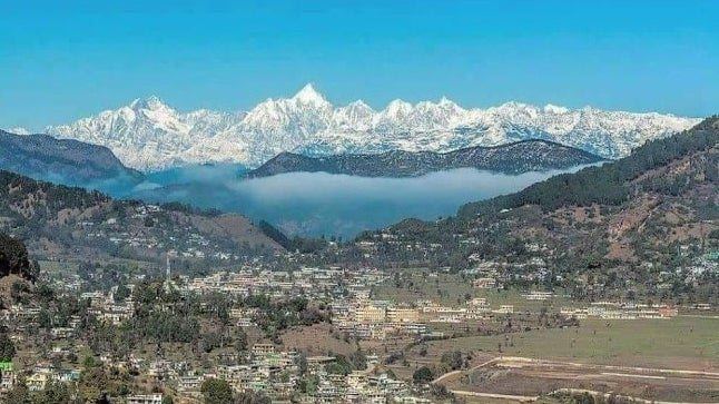 Glacier Threat: Study Records 934 Fragile Moraine-Dammed Lakes in Himachal