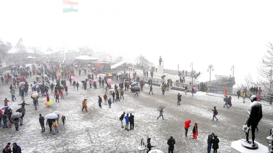 Tourists Flock to Shimla as Himachal Gets Snowy