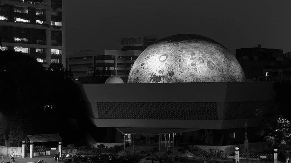 Spectacular Lunar Dome Adorns Nehru Planetarium as Tribute to ISRO