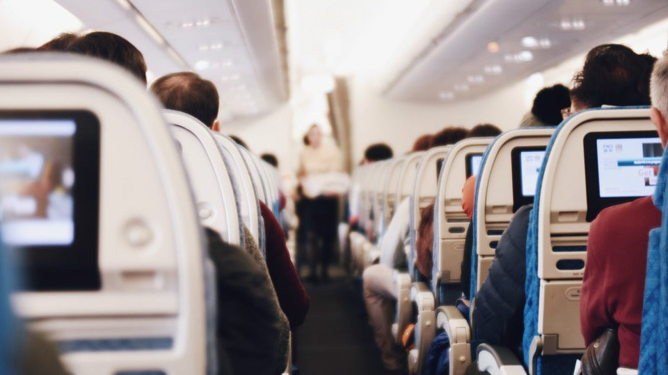 Here's What Happens to Our Bodies When We Fly
