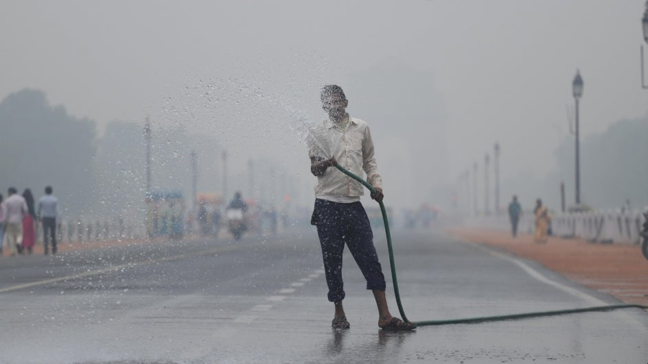 Air Quality Drops to 'Severe' in Delhi-NCR; 16 Cities Record 'Very Poor' AQI