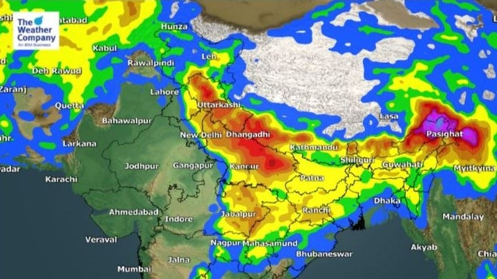 Cloudy Friday in Delhi; UP May Experience Thunderstorms Today