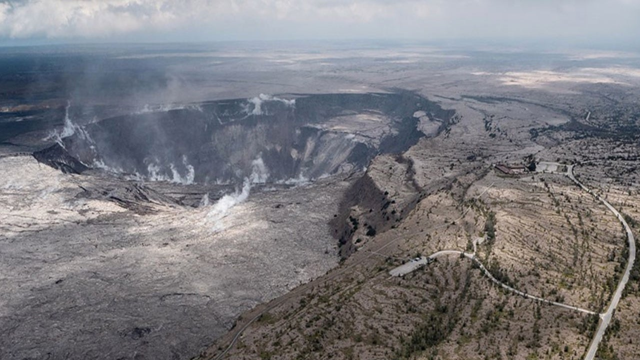 Hawaii Volcanoes National Park to Reopen This Weekend – Without Any Lava