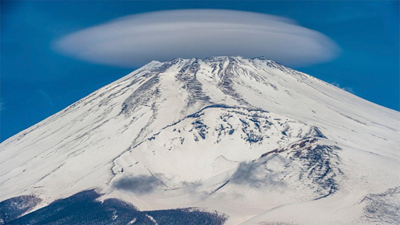 Invasión lenticular: descubre las nubes que parecen ovnis