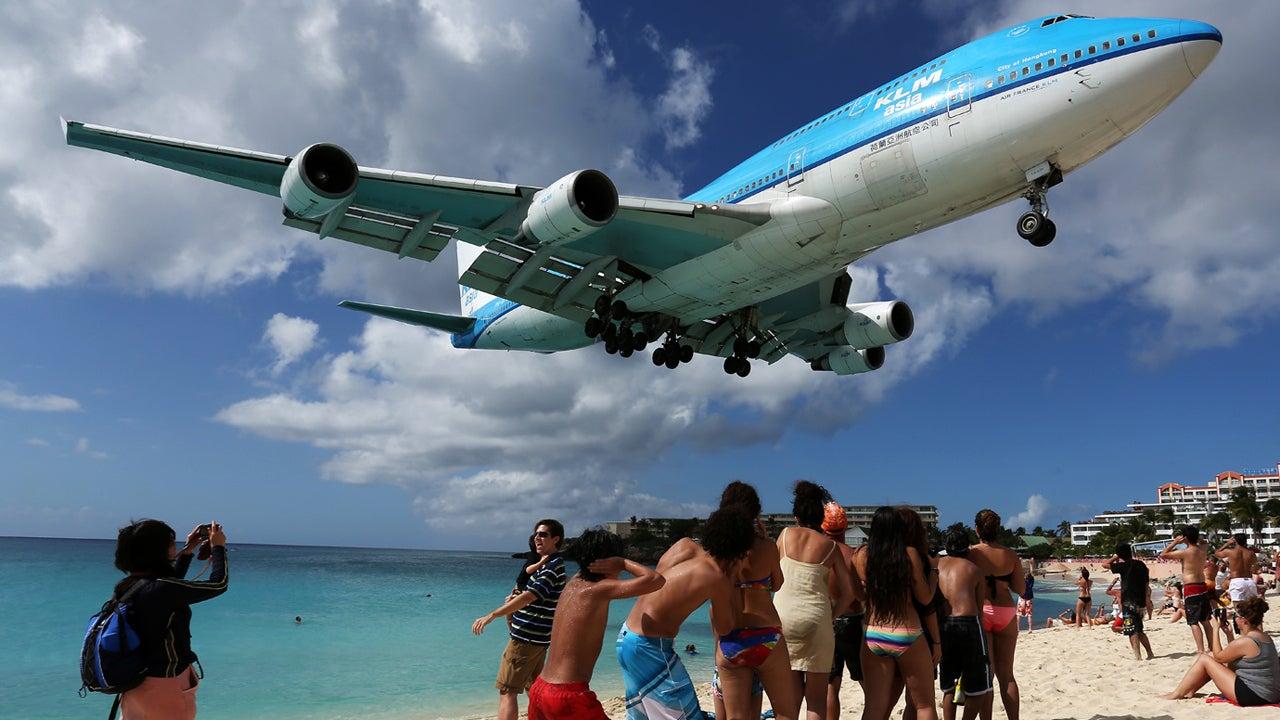 World's Scariest Airport Runways (PHOTOS)