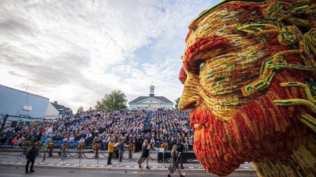 Mire pero no estornude: fotografías de un desfile de flores increíble