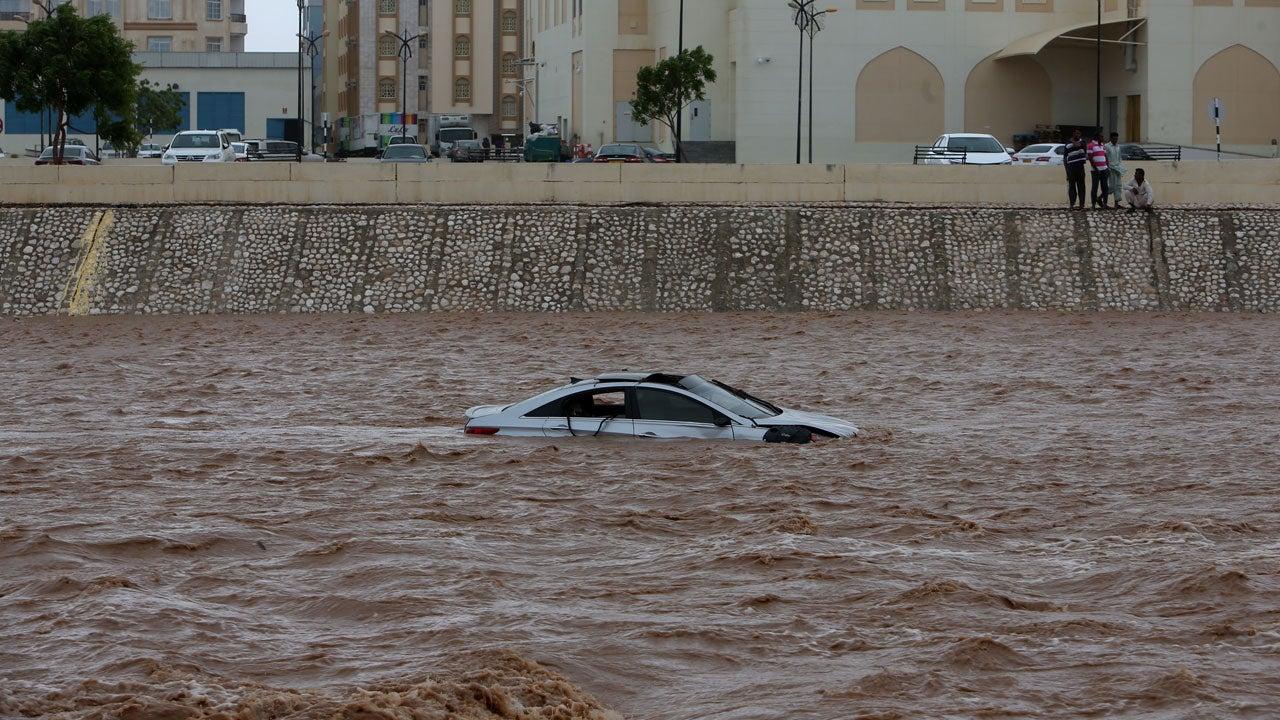 Tropical Cyclone Mekunu Slams Oman and Yemen, Killing at Least 13