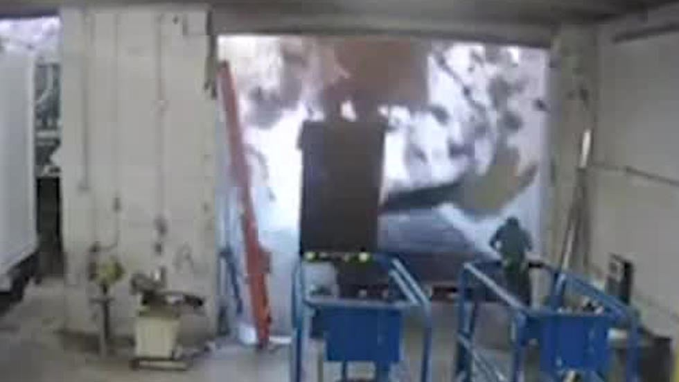 Watch: Man Barely Escapes Roof Collapse in Tennessee