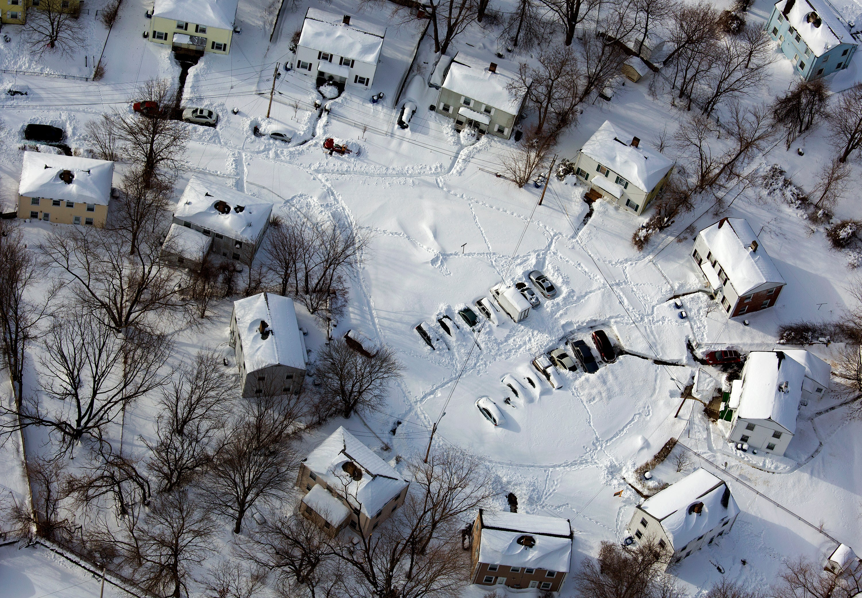 Snow-Buried Communities Seek Help from Residents