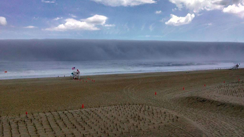 new jersey fog bank looks like a tsunami wave about to
