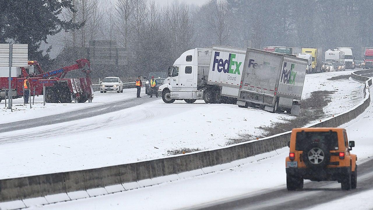 winter storm iras  slick roads leave 1 dead in washington