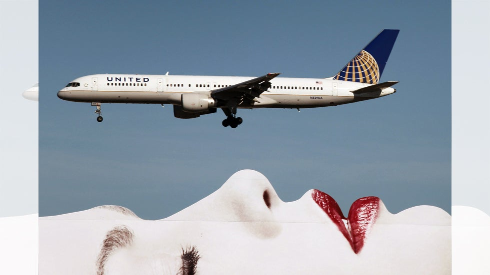 Incredible Photos of Airplanes in Flight