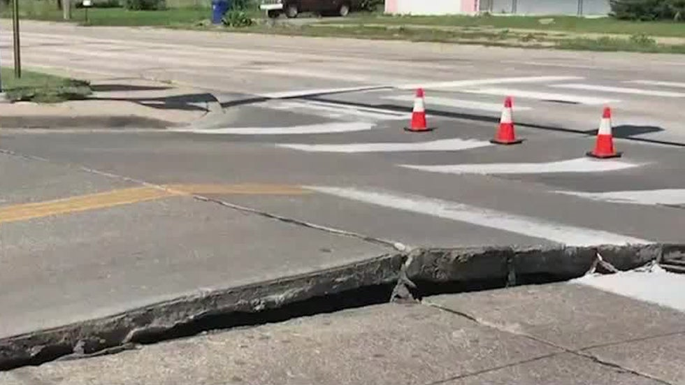 Heat Wave Kills Two in Maryland, Buckles Roads in Kansas