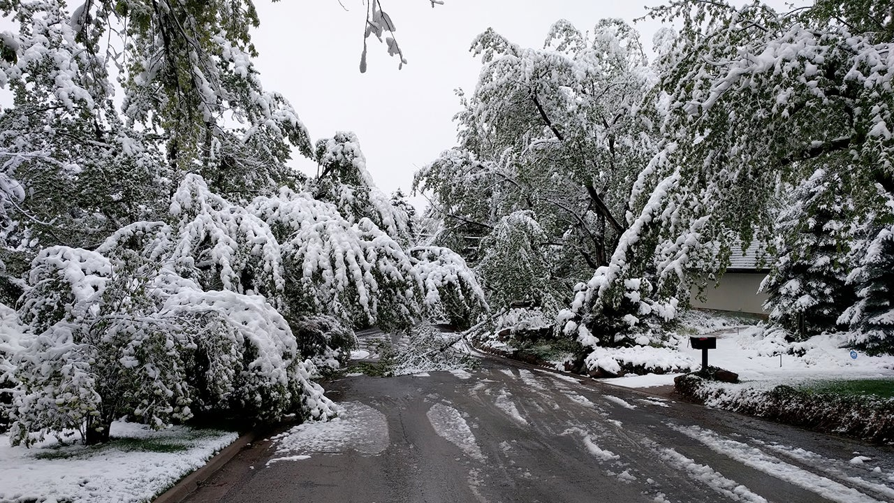 Late-May Snow hits the Western U.S. (PHOTOS)
