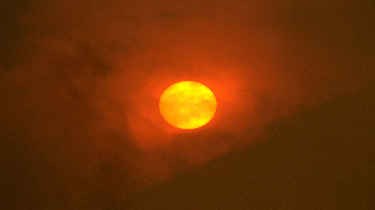 Uk Heatwave Health Warnings What Are They And What Do They Mean The Weather Channel