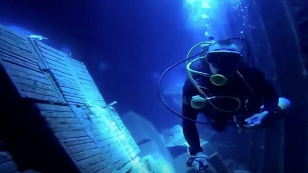 Scuba Divers Explore Eerie Red Sea Shipwreck Near Egypt