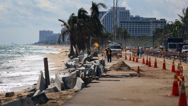 Beach Erosion Raises Fears on Global Warming