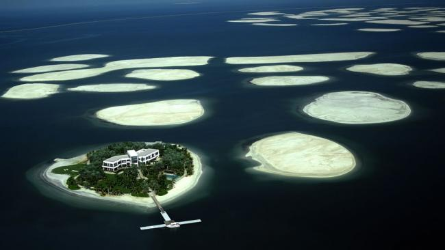 Amazing world marvels 10 amazing artificial islands of the world aerial view the world a cluster of artificial islands to be constructed in the rough shape of a world map off the coast of dubai uae gumiabroncs Gallery