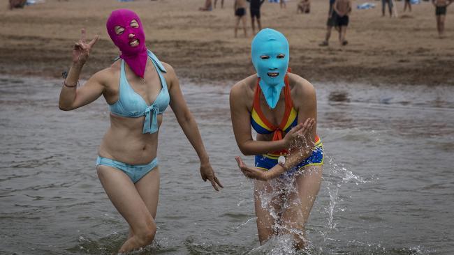 Тканевые маски для лица против ультрафиолета