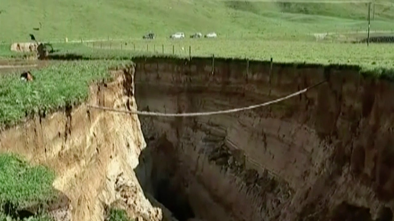 6-Story Deep Sinkhole Opens Up In New Zealand After Heavy
