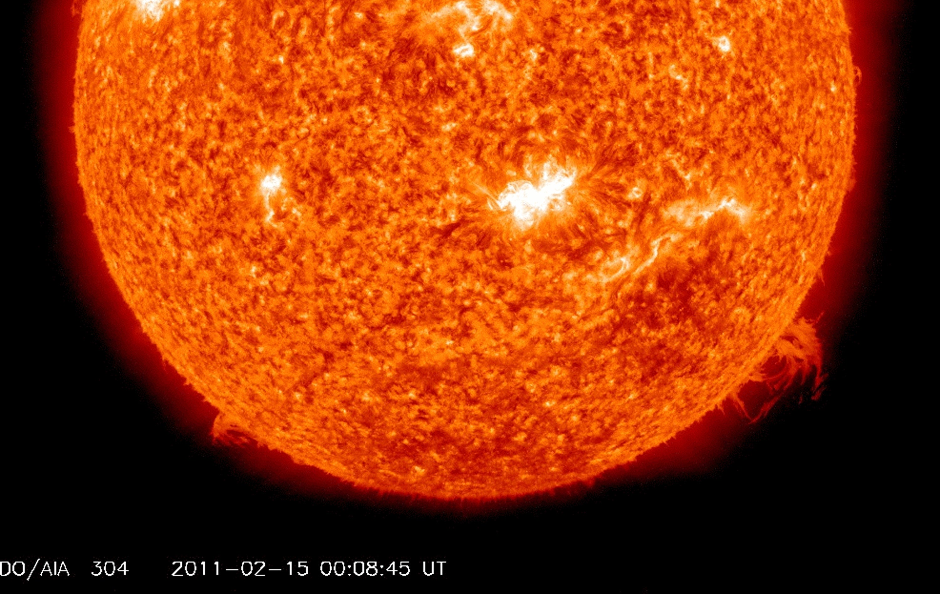 how does a solar storm knock out power - photo #10