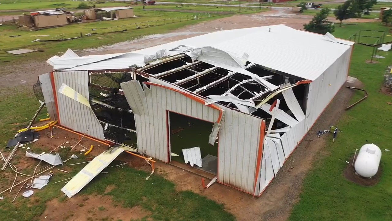Multiple Tornadoes and High Winds Destroy Homes in the Plains (PHOTOS)
