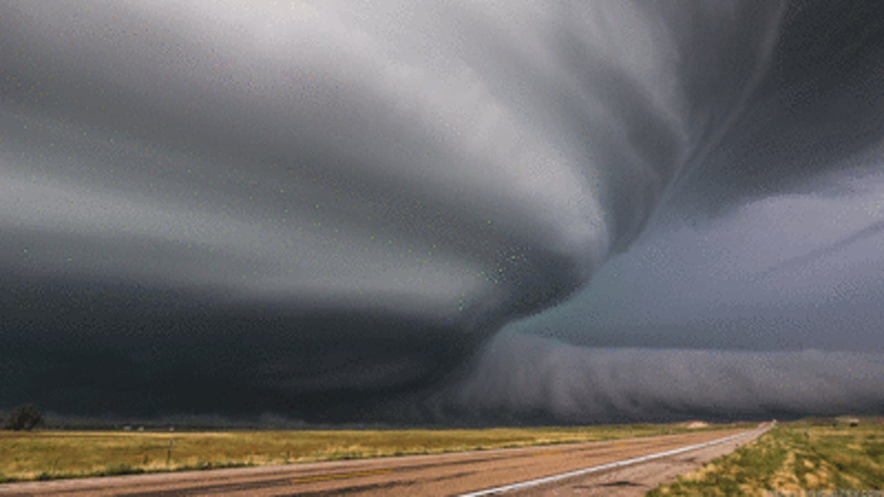 These Supercell Thunderstorm GIFs Will Blow Your Mind