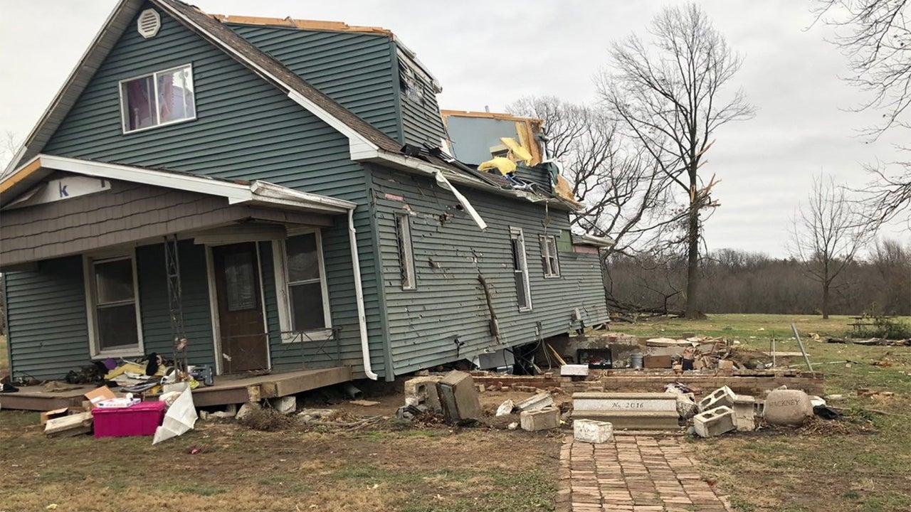 Destructive Tornado Strikes Taylorville, Illinois; 26 People Hurt, Over 500 Buildings Damaged