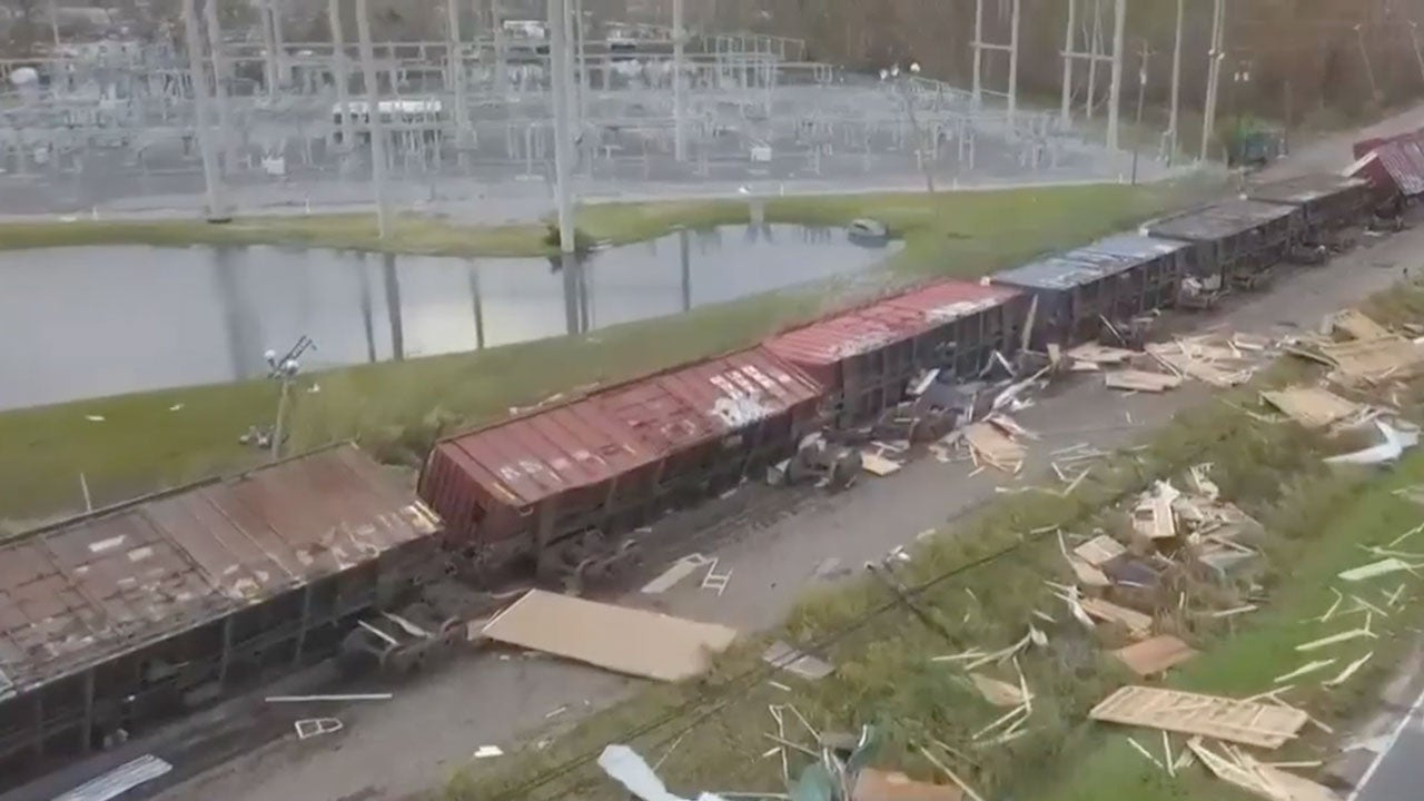 storm topples trains in panama city  florida
