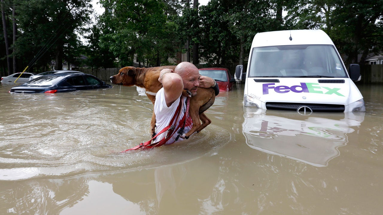Deadly Flooding Swamps Houston Metro Photos The