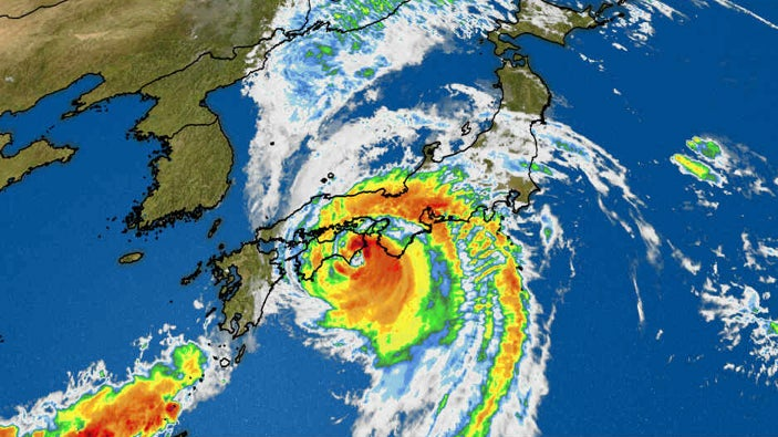 Typhoon Jebi: Death Toll Rises to 11, Major Airport Remains Closed in Japan