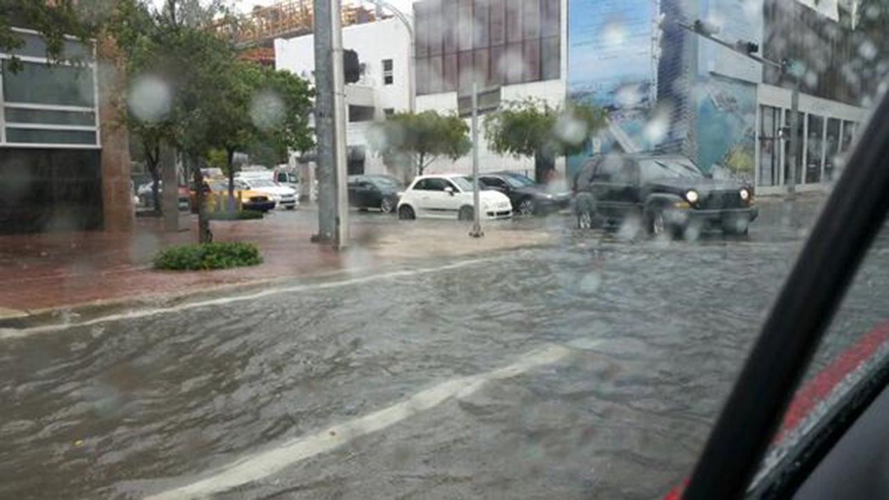 major thunderstorms flood miami streets