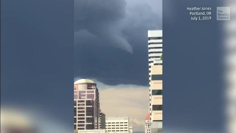 Rare Oregon Tornado Hits Portland