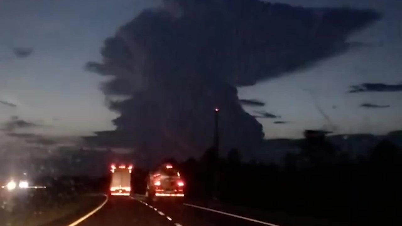 Florida Lightning Strikes Far From Storm Cloud