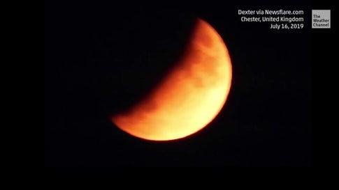 Partial Lunar Eclipse Brings 'Half Blood Moon' Above U.K.
