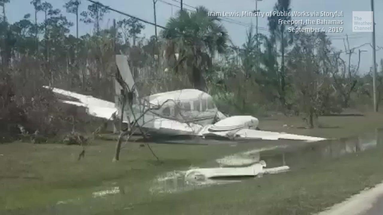 Freeport Airplane Pushed Onto Roadways