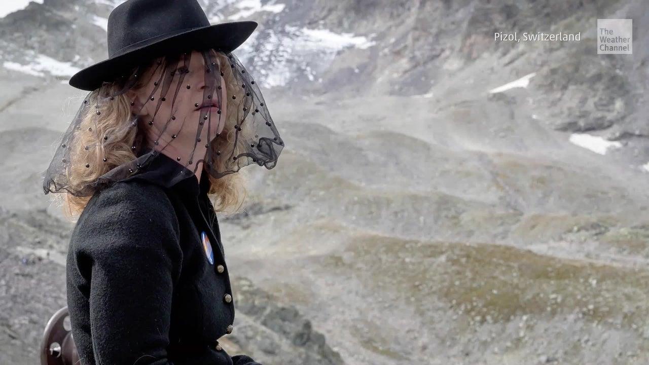 Demonstrative Abschiedszeremonie: Aufnahmen der Trauerfeier um Pizol-Gletscher