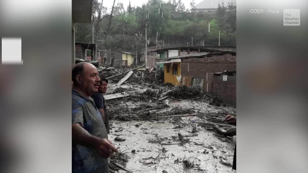 Deslave destruye un vecindario en Perú