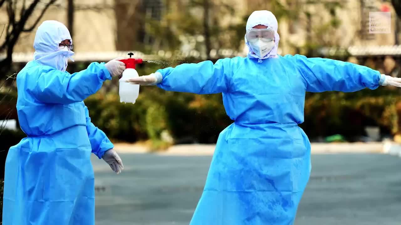 Coronavirus Kills 360+; At Least 11 Cases in the U.S.