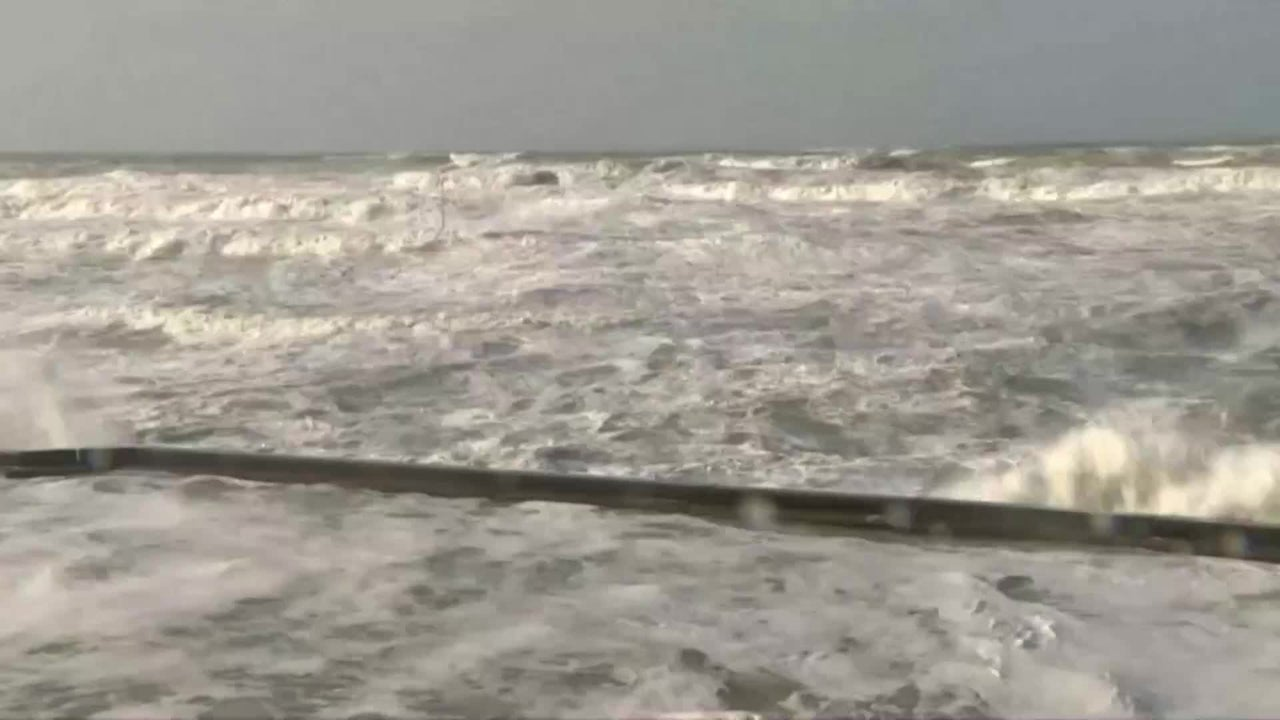In Frankreich, Großbritannien und Belgien wütet Orkan Sabine erbarmungslos. Zahlreiche Haushalte waren ohne Strom, Flüge wurden gestrichen und Menschen wurden verletzt. Außerdem warnen Behörden vor Überschwemmungen.