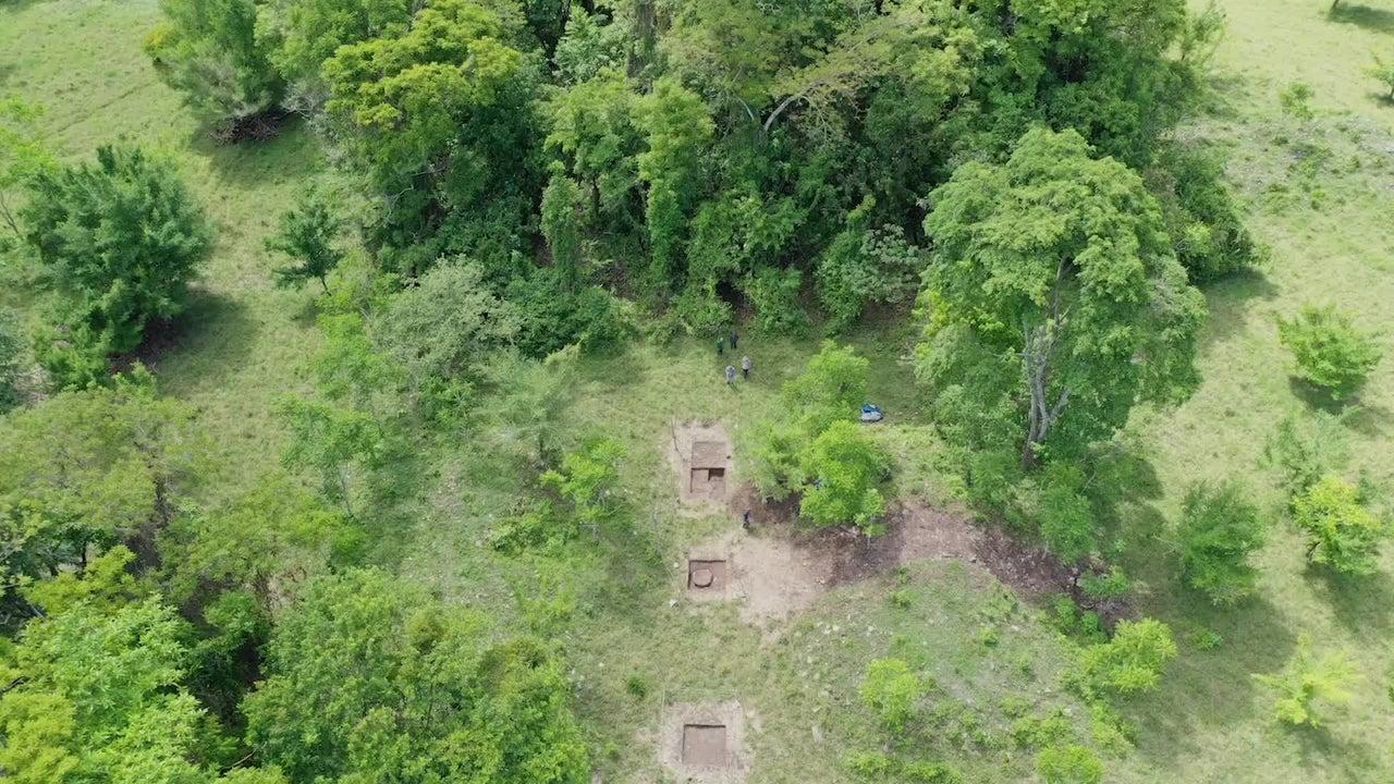 Los arqueólogos descubrieron la capital perdida hace mucho tiempo de un pequeño reino maya en un rancho ganadero en Chiapas, México, cerca de la frontera con Guatemala.