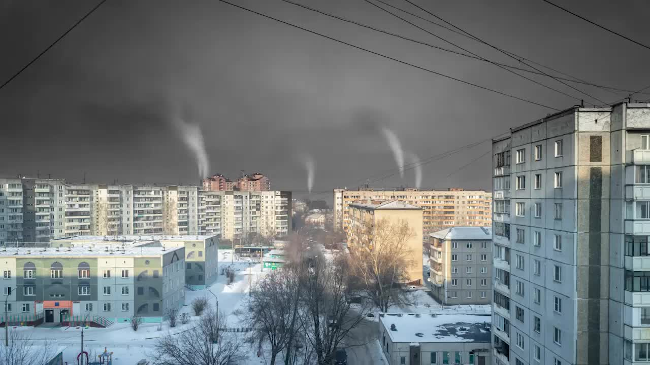 Russian City So Polluted Skies Turn Black, Residents Urged to Leave
