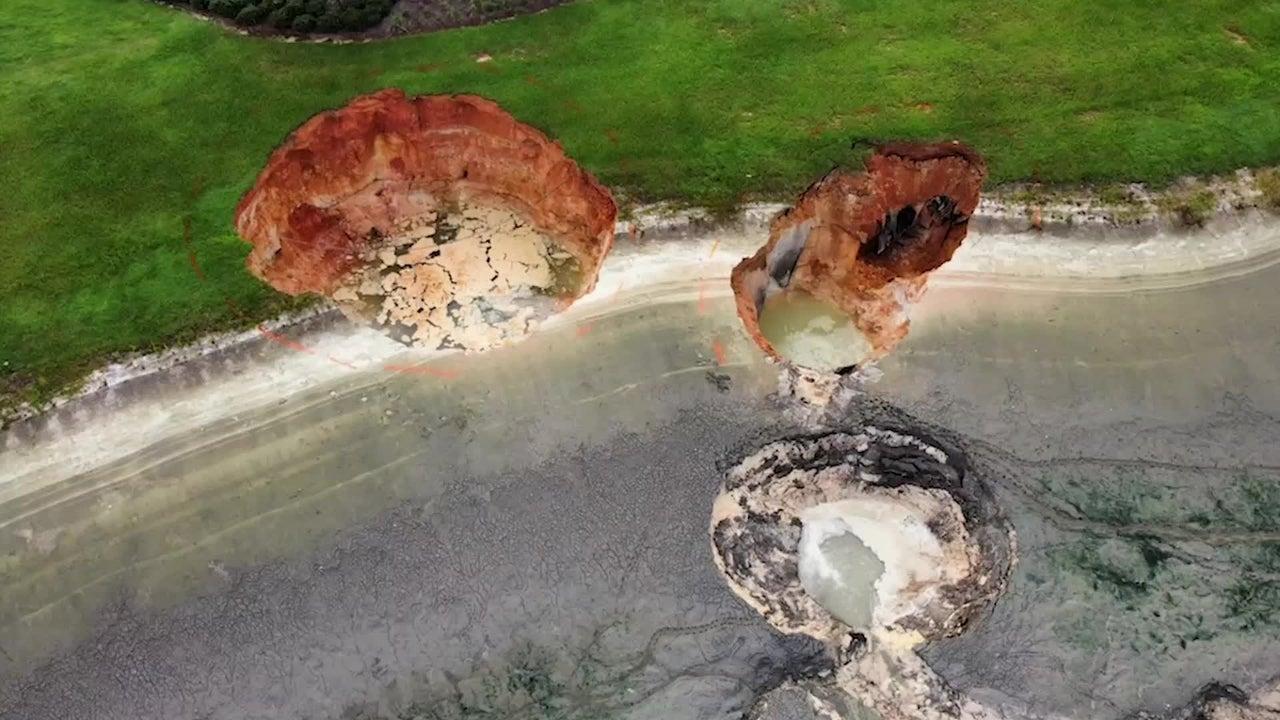 Massive Sinkholes Open in FL Golf Community