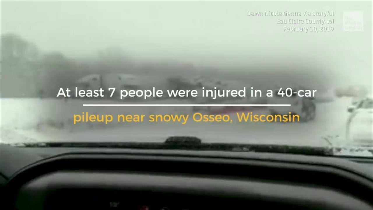 40-car Pileup Injures 7 People
