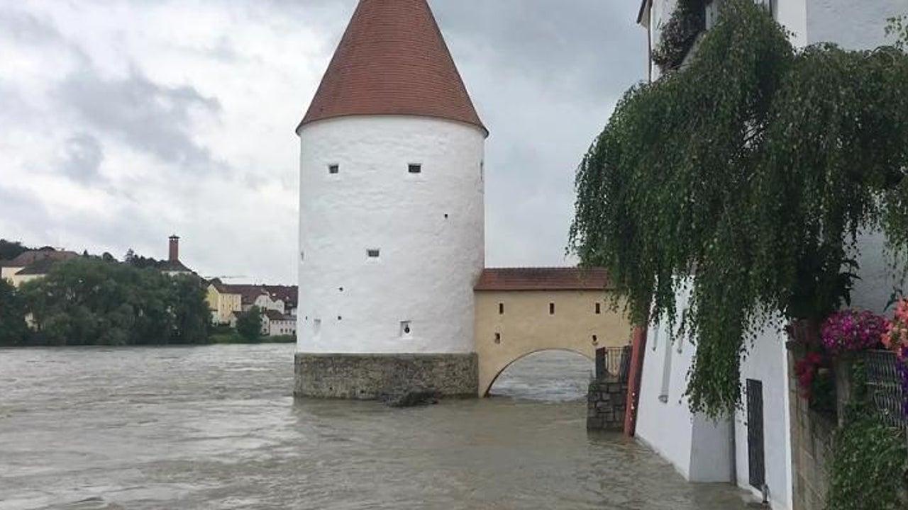 Donau- und Inn-Pegel steigen: Hochwasser-Alarm in Passau